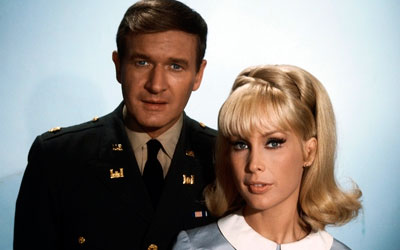 Morre Bill Daily, o Major Healy de 'Jeannie é um Gênio'